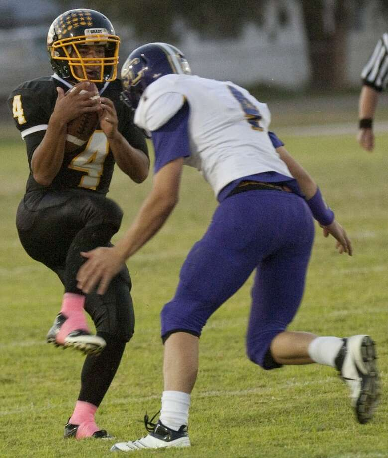 Grady's EJ Rodriguez (4) and the Wildcats are ranked No. 15 by sixmanfootball.com and will take on No. 8 Petersburg on Saturday in Hermleigh in a Six-Man Division I regional round game. Tim Fischer\Reporter-Telegram Photo: Tim Fischer
