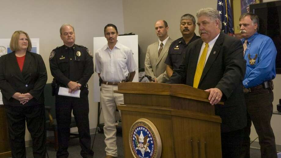 (File Photo) Phillip Maxwell, Senior Supervisory Deputy U.S. Marshall of Western District of Texas, introduces some of the different area agencies working together on Operation Guardian, a joint task force to apprehend con-compliant sex offenders. Photo by Tim Fischer/Midland Reporter-Telegram Photo: Tim Fischer