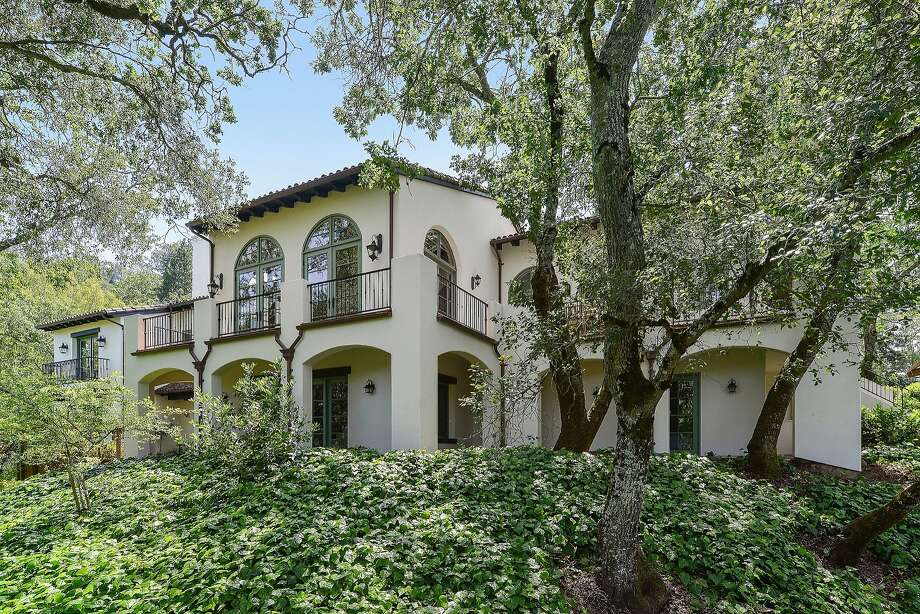 Stephen Curry, of the Golden State Warriors, has listed his Orinda home for $3.895 million. Photo: Nate Denny