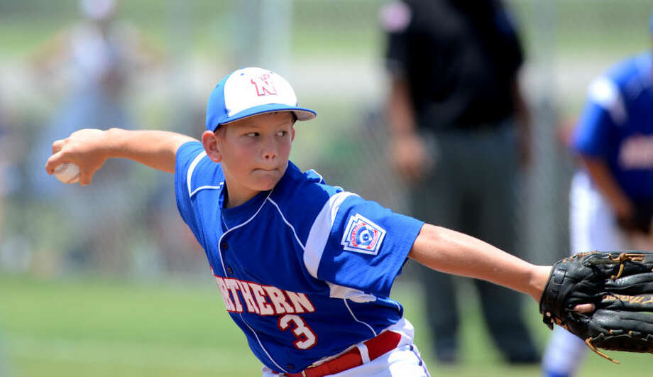 Northern's Brandon Blair pitches against Midway Saturday at Texas Bank Sports Complex in San Angelo. Northern (age 10-11) lost 6-1 to Midway. James Durbin/Reporter-Telegram Photo: JAMES DURBIN