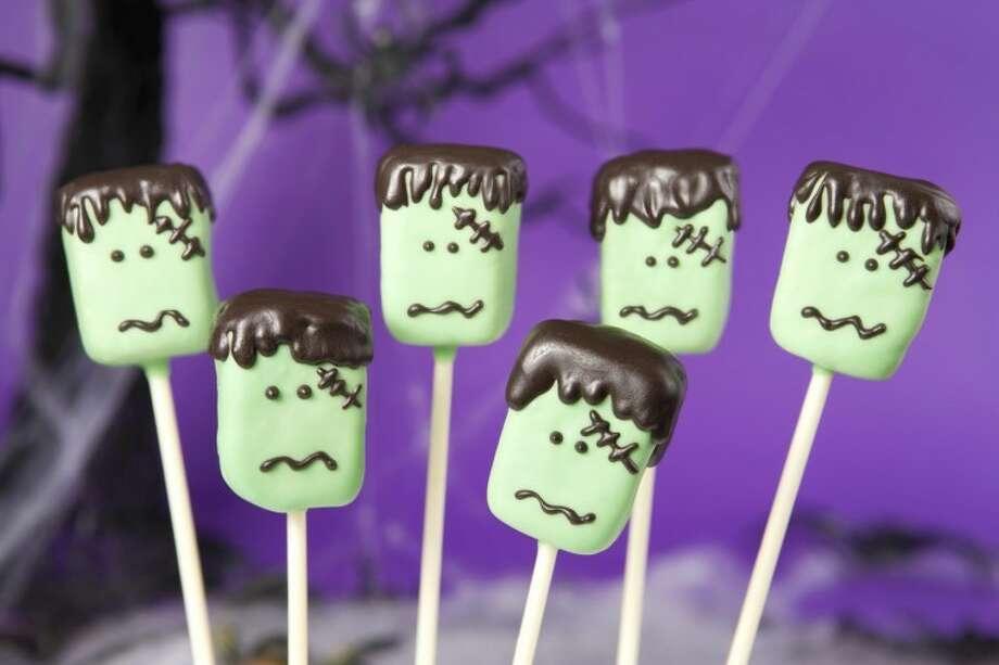 Frankenstein cake pops Photo: Olga Lyubkina