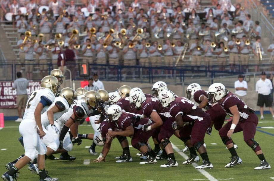 (File Photo) Lee High vs EP Coronado Friday at Grande Communications Stadium. James Durbin/Reporter-Telegram Photo: JAMES DURBIN