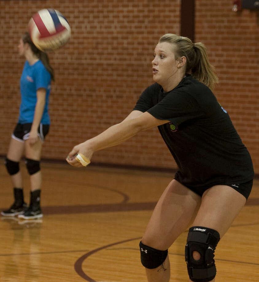 Lee volleyball players run drills Monday during practice. Tim Fischer\Reporter-Telegram Photo: Tim Fischer