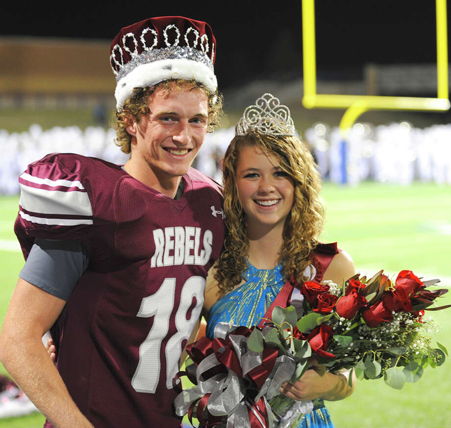 LEE's 2011 Homecoming Court....King Dustin Beal & Queen Eliza Marks Photo: Wade H Clay