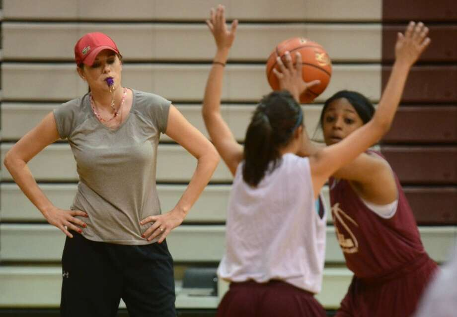 Lee girls basketball coach Morgan Moylan-Fowler watches a recent practice at the Lee High School gym. Photo by James Durbin Photo: James Durbin