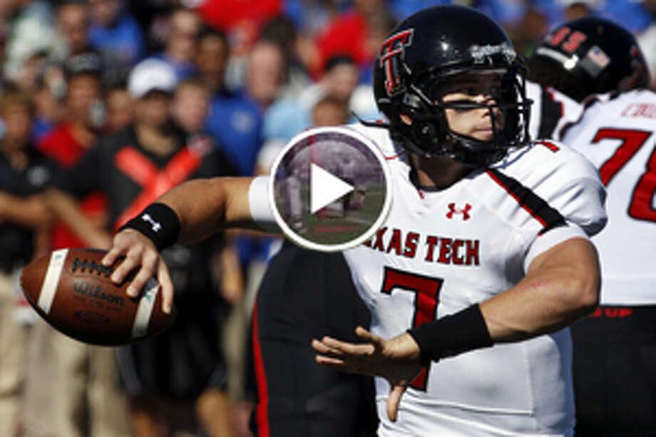 Texas Tech quarterback Seth Doege in action.