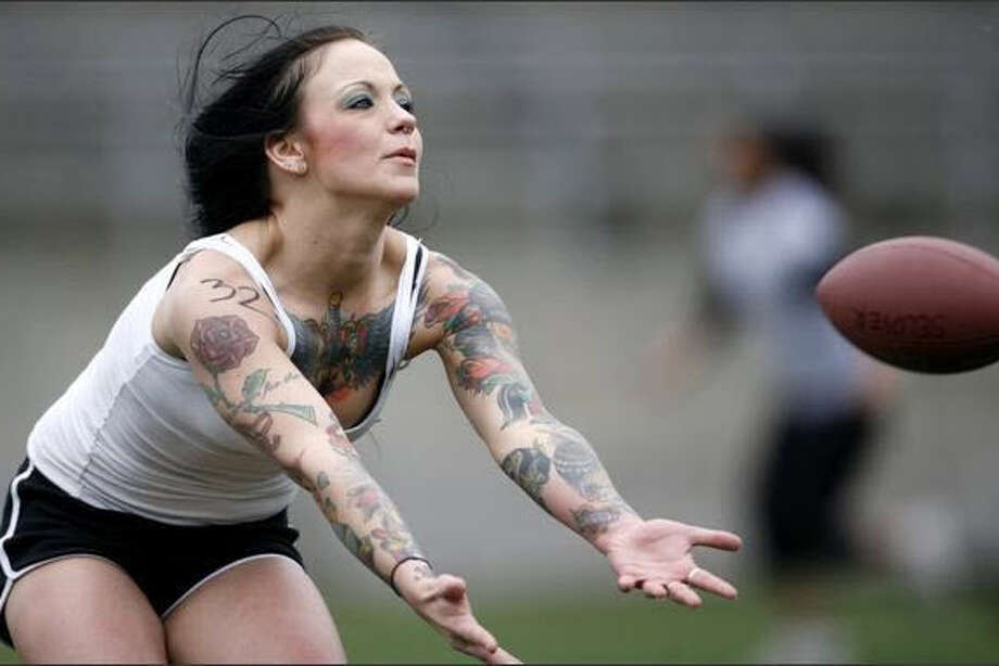 Seattle Mist recruit Brit Bingel of Mount Vernon catches a pass.  Photo: Seattlepi.com, Joshua Trujillo
