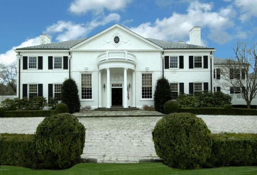 Donald Trump also once owned this Connecticut 'starter' mansion that served as a weekend getaway.