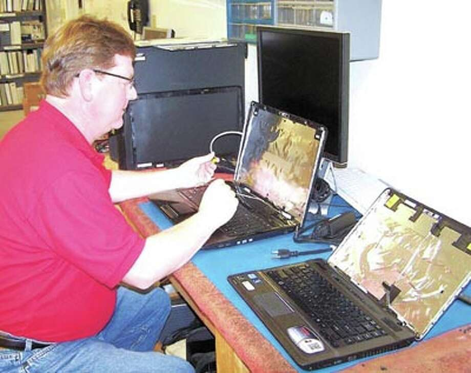 System Solutions expert Donny Feagan has years of computer experience. He is ready to help you with computer, software and networking issues. Web-based print management is also available. Call System Solutions at 570-0651.