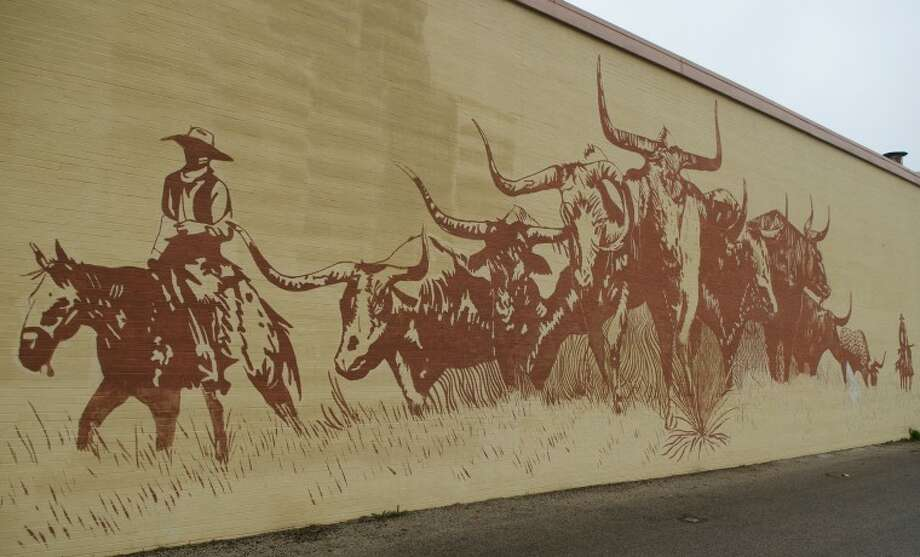 Library mural. Photo by Tim Fischer/Midland Reporter-Telegram Photo: Tim Fischer