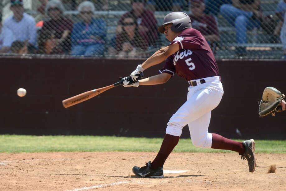 Lee sophomore Ray Calhoun was a 2-5A first team second baseman. James Durbin/Reporter-Telegram Photo: JAMES DURBIN