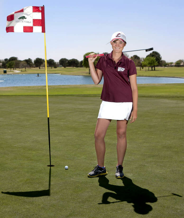 Feature portrait of Lee girls golf team member Ali Cowan Thursday at Green Tree Country Club in Midland. James Durbin/Reporter-Telegram Photo: JAMES DURBIN