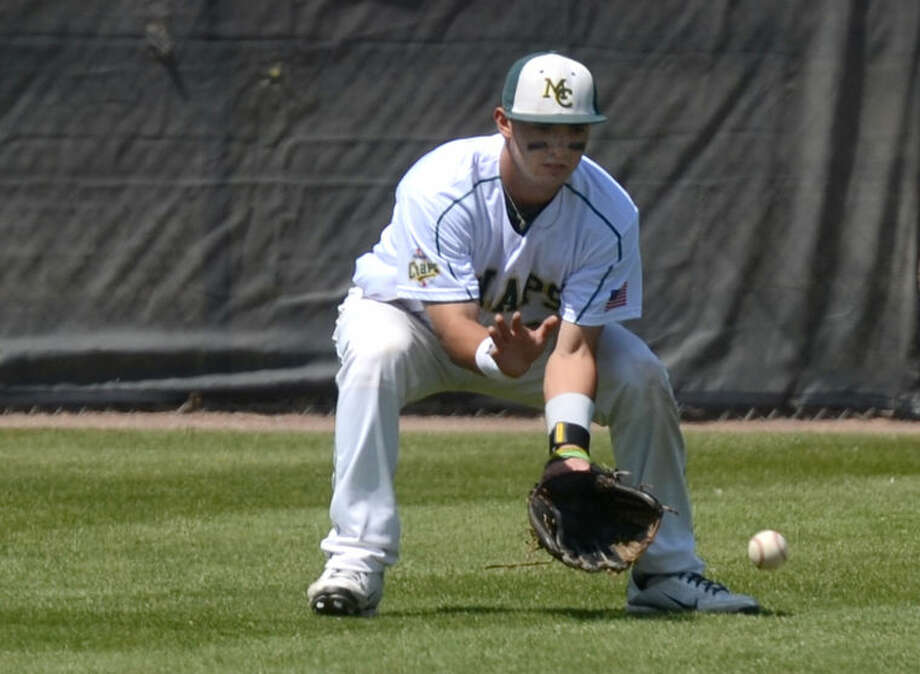 Midland College's Daniel Vargas scoops up a grounder during the game against Clarendon Friday at Christensen Stadium. James Durbin/Reporter-Telegram Photo: JAMES DURBIN