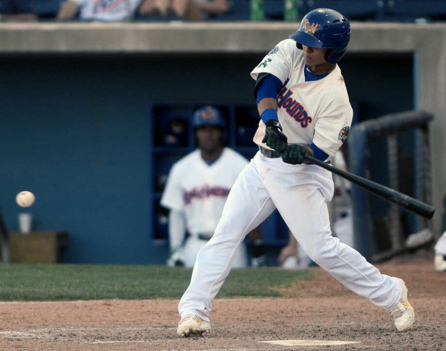 Rockhounds' Darwin Perez hits against the Tulsa Drillers Wednesday at Citibank Ballpark. James Durbin/Reporter-Telegram Photo: JAMES DURBIN