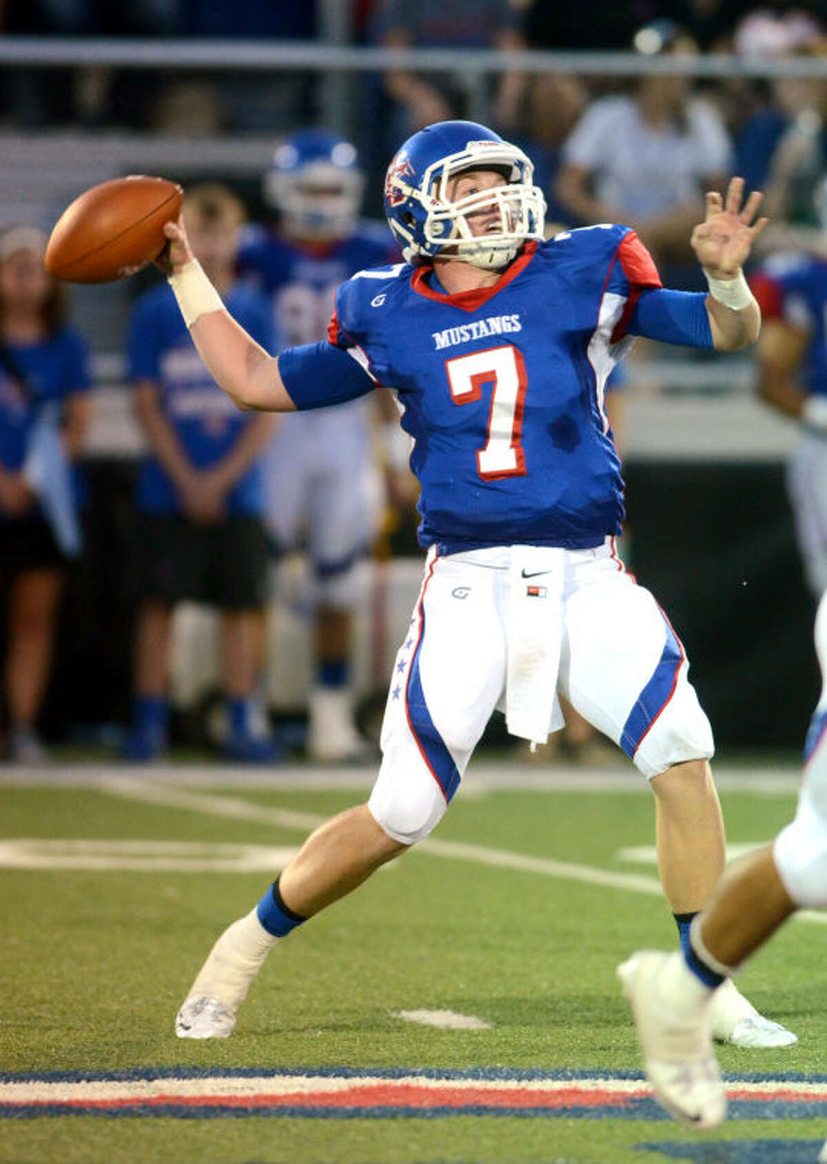 Midland Christian rolled to a 48-0 victory over Arlington Grace Prep behind another great passing performance from senior quarterback Mason McClendon, who was 12-of-16 passing for 362 yards and six touchdowns.