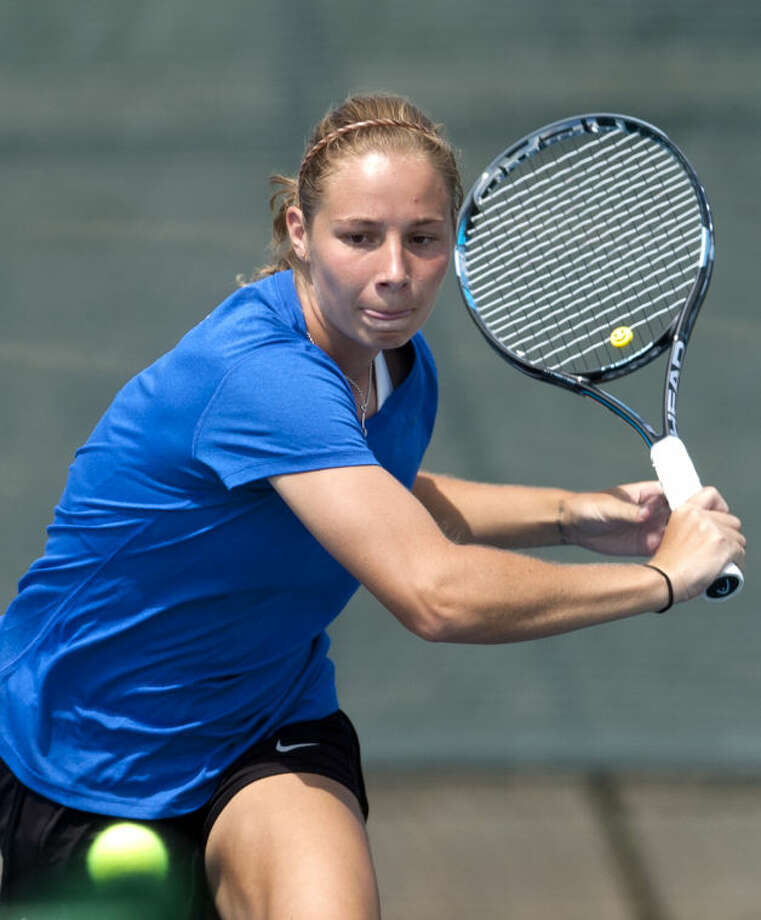 Samantha Vickers of Tulsa, #1 seed, hits during the Racquet Club Collegiate Invitational on Saturday at the Club. James Durbin/Reporter-Telegram Photo: JAMES DURBIN