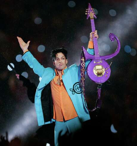 FILE - In this Feb. 4, 2007 file photo, Prince performs during halftime of the Super Bowl XLI football game in Miami.  A federal prisoner in Colorado has filed a paternity claim, released Tuesday, May 10, 2016,  with a Minnesota court against the estate of Prince, the latest claimant in what could grow into a long line of people asserting that they're entitled to a piece of the musician's fortune.  (AP Photo/Chris O'Meara, File) Photo: Chris O'Mears, STF / AP