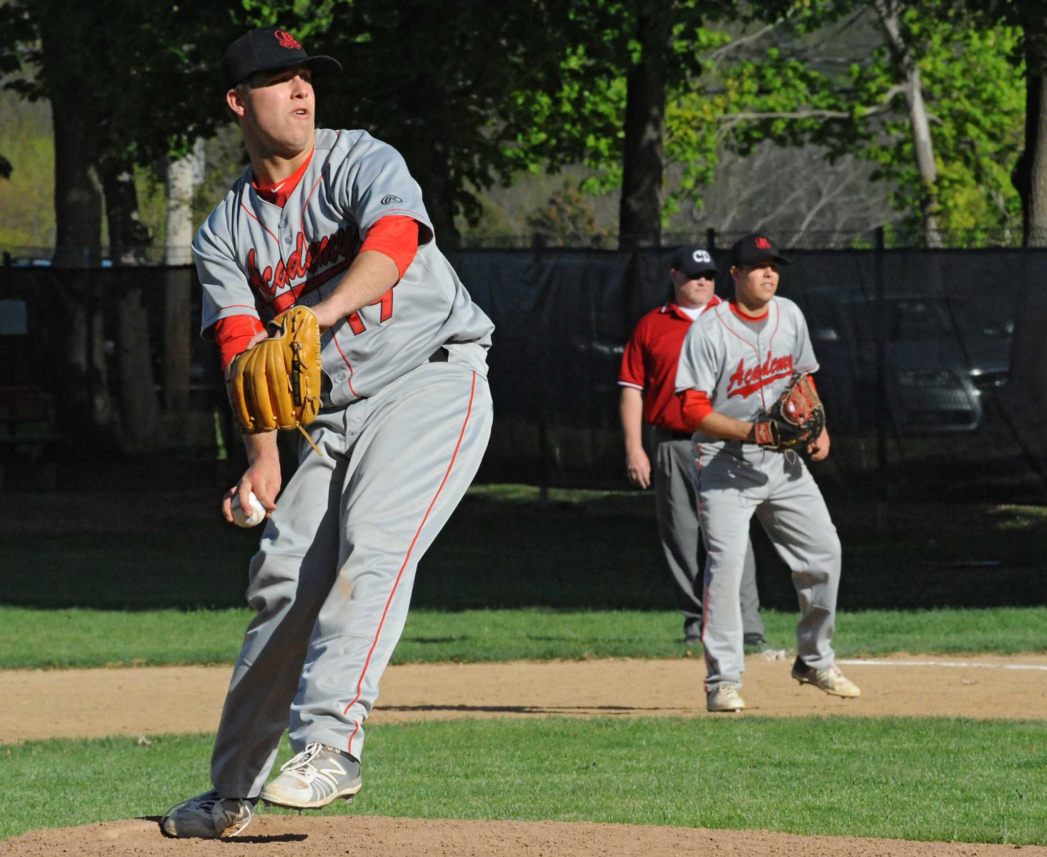 Knapeks bring their twin bill to Siena baseball