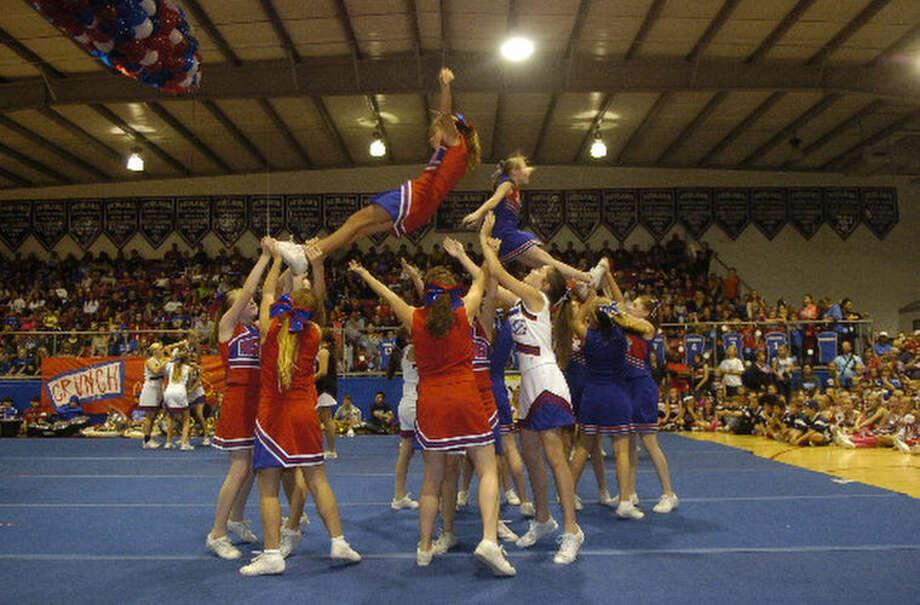 Midland Christian cheerleaders perform during homecoming Friday. James Durbin/Reporter-Telegram Photo: JAMES DURBIN