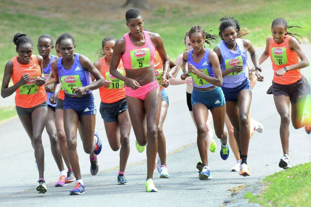 The elite runners run through Washington Park in the 37th Annual Freihofer's Run for Women on Saturday, May 30, 2015, in Albany, N.Y. (Cindy Schultz / Times Union)