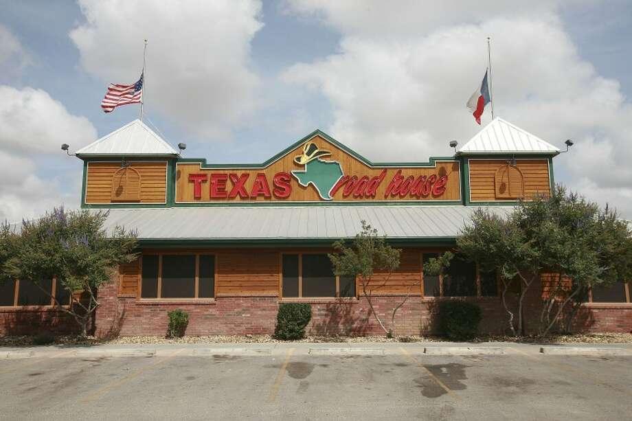 Texas Roadhouse Top 100 Cindeka Nealy/Reporter-Telegram