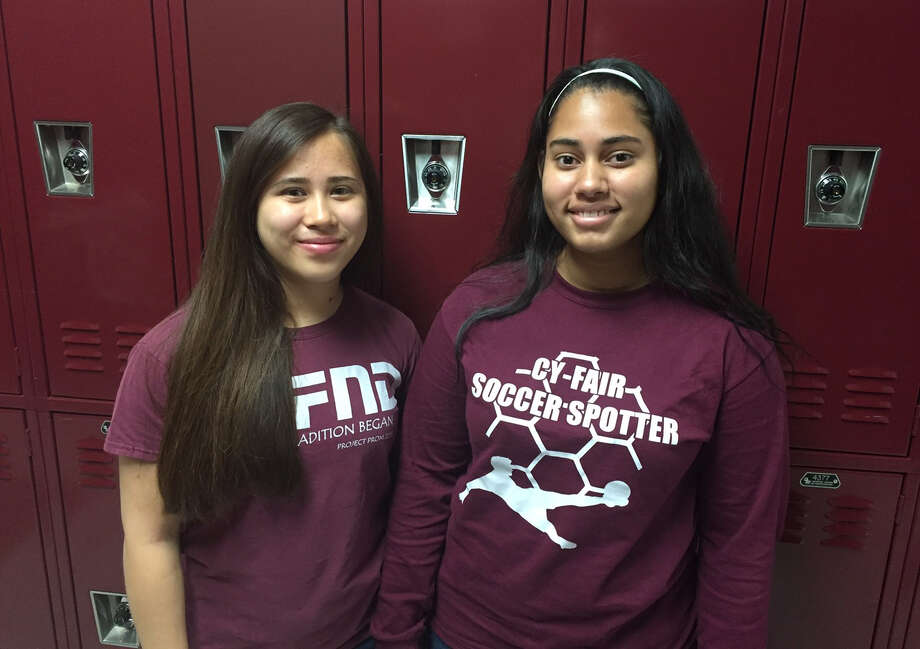 Cy-Fair junior Sophia Tang, left, and freshman Juliana Alvarez scored premios de oro, or gold medals, in the 2016 National Spanish Examinations.