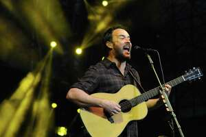 Dave Matthews is back for a laid-back show in The Woodlands.