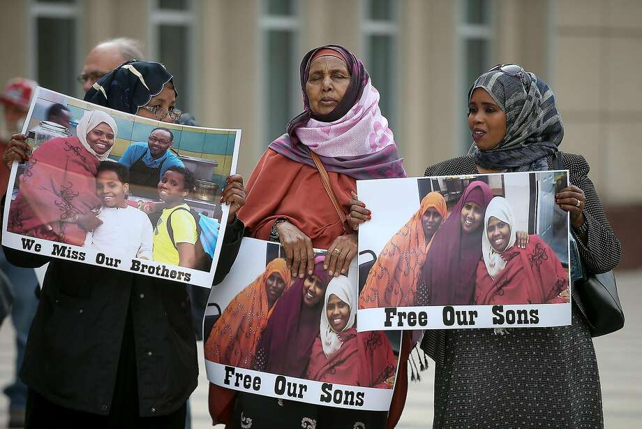 Supporters of 3 Somali Americans protest in front of the U.S. courthouse on the first day of jury selection in the trial for the Minnesota men accused of plotting to join the Islamic State. Photo: Elizabeth Flores, Associated Press