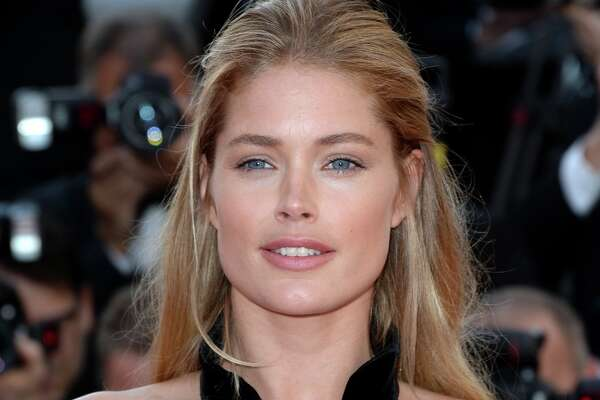 Doutzen Kroes attends the 'Cafe Society' premiere and the Opening Night Gala during the 69th annual Cannes Film Festival at the Palais des Festivals on May 11, 2016 in Cannes, France.  (Photo by Anthony Harvey/FilmMagic)