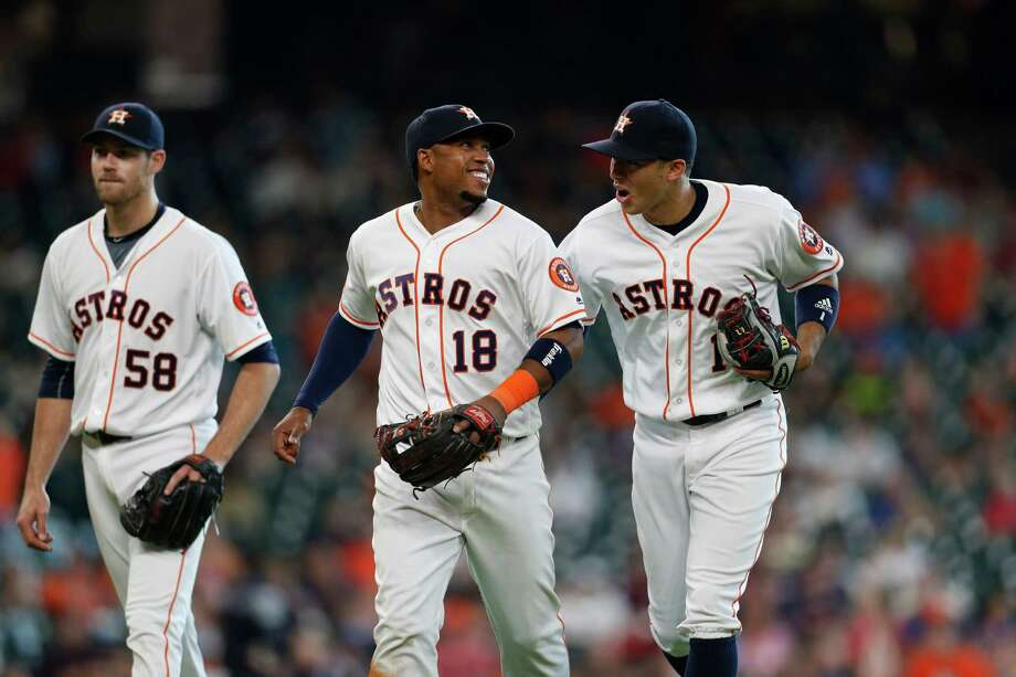 After winning two of three from the White Sox in Chicago, the Astros return home to face the Rangers tonight. Photo: Karen Warren, Houston Chronicle / © 2016 Houston Chronicle