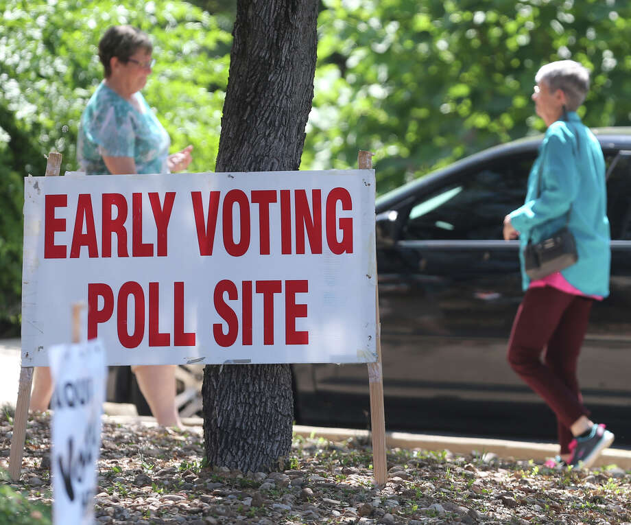 Early voting will begin May 16 in the Democratic and Republican primary runoff elections. Bexar County Democrats have to make decisions in several runoff contests. Photo: John Davenport /San Antonio Express-News / ©San Antonio Express-News/John Davenport