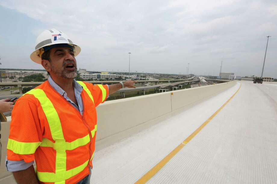 TxDOT Project Supervisor Amir Mosaffa talks about the new direct connection from northbound Loop 610 to westbound U.S. 290 on May 11. TxDOT will make a major traffic switch this weekend, changing the way drivers get from northbound Loop 610 to U.S. 290. Photo: Houston Chronicle / © 2016 Houston Chronicle