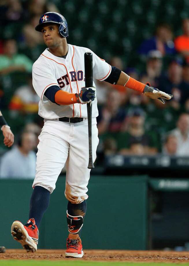 Manager A.J. Hinch is hoping Carlos Gomez will be ready for activity sometime next week. Photo: Karen Warren, Houston Chronicle / © 2016 Houston Chronicle
