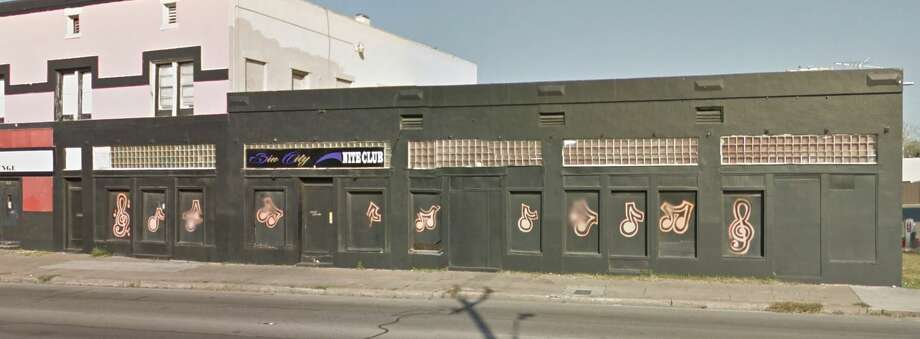 A Google Street View of the Sin City bar.