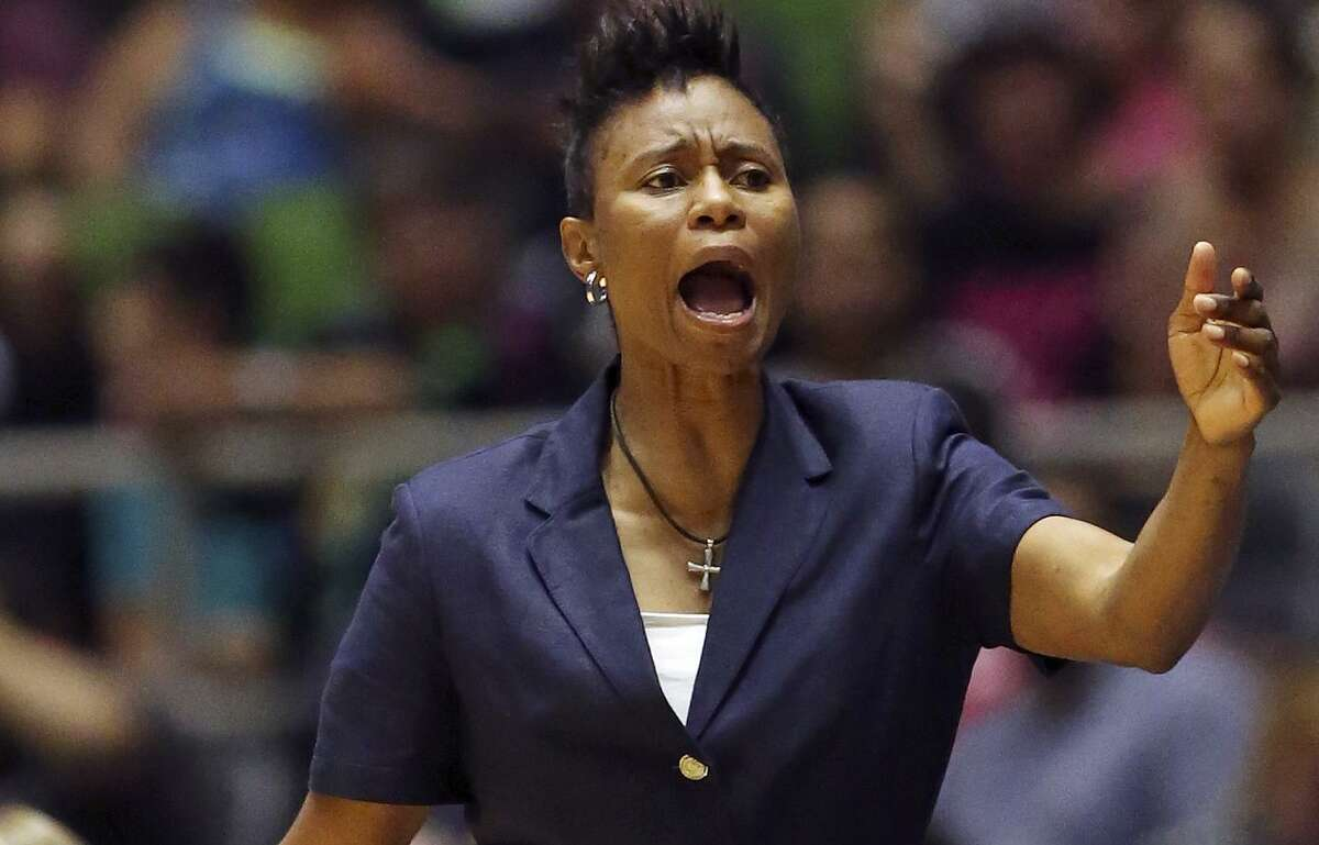 San Antonio Stars assistant coach Vickie Johnson calls a play during second half action against the Phoenix Mercury on June 25, 2015 at Freeman Coliseum.