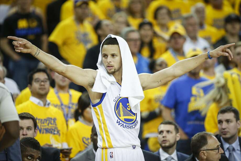 Golden State Warriors Stephen Curry is seen on the sideline in the third quarter during Game 5 of the NBA Playoffs at Oracle Arena on Wednesday, May 11, 2016 in Oakland, Calif. Photo: Scott Strazzante, The Chronicle