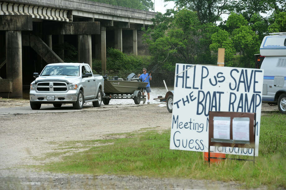 Steve Grohn launches into Pine Island Bayou on Wednesday. Photo taken Wednesday, May 11, 2016 Guiseppe Barranco/The Enterprise Photo: Guiseppe Barranco, Photo Editor
