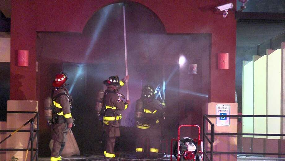San Antonio firefighters battled a two-alarm blaze Thursday morning at an East Side restaurant. Photo: 21 Pro Video