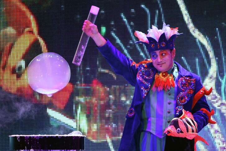 """""""Underwater Bubble Show,"""" a cutting-edge, immersive entertainment from Latvia, will be part of the Family Fun Junior Series during Society for the Performing Arts' 50th anniversary season in 2016-17."""