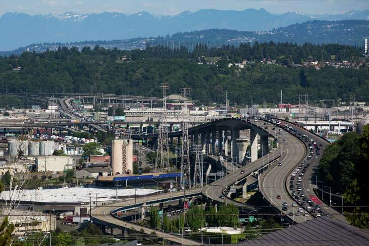 Cars begin to backup as the clock ticks closer to rush hour on Friday, May 6, 2016.