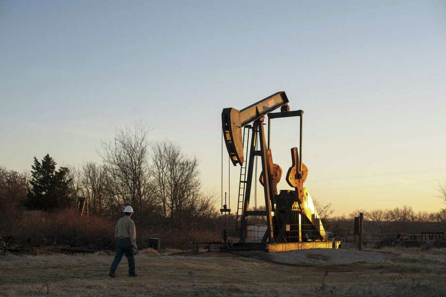 The Environmental Protection Agency is withdrawing an Obama-era request that oil and natural gas companies provide information on methane emissions at oil and gas operations. Photo: New York Times /File Photo / NYTNS