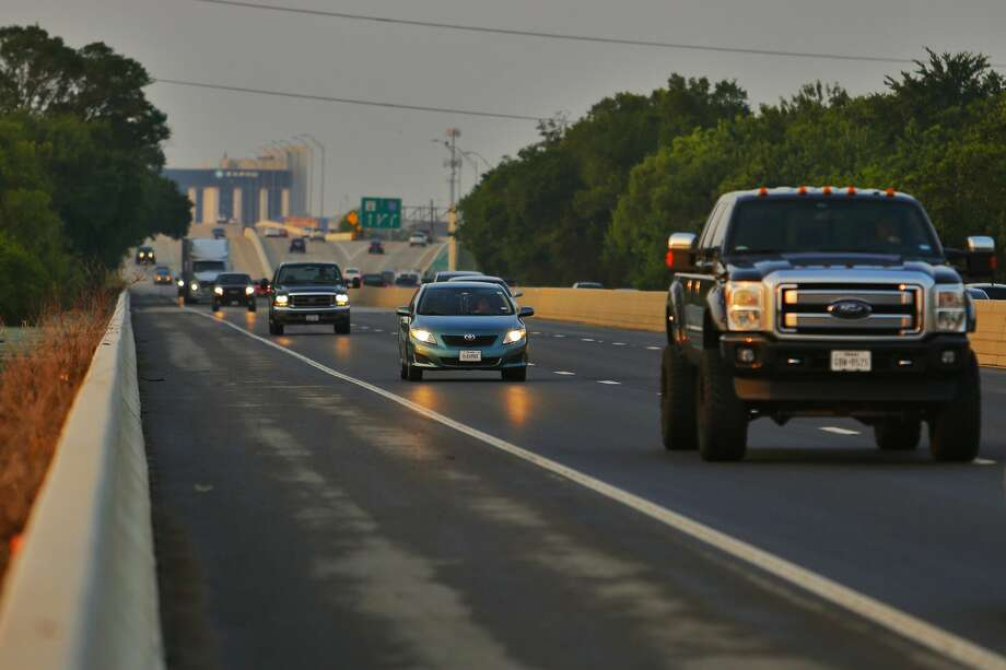 All lanes of Highway 6 reopened Friday, May 13, 2016 after the Tax Day Flood closed the road for more than three weeks. Photo: Michael Ciaglo / Houston Chronicle