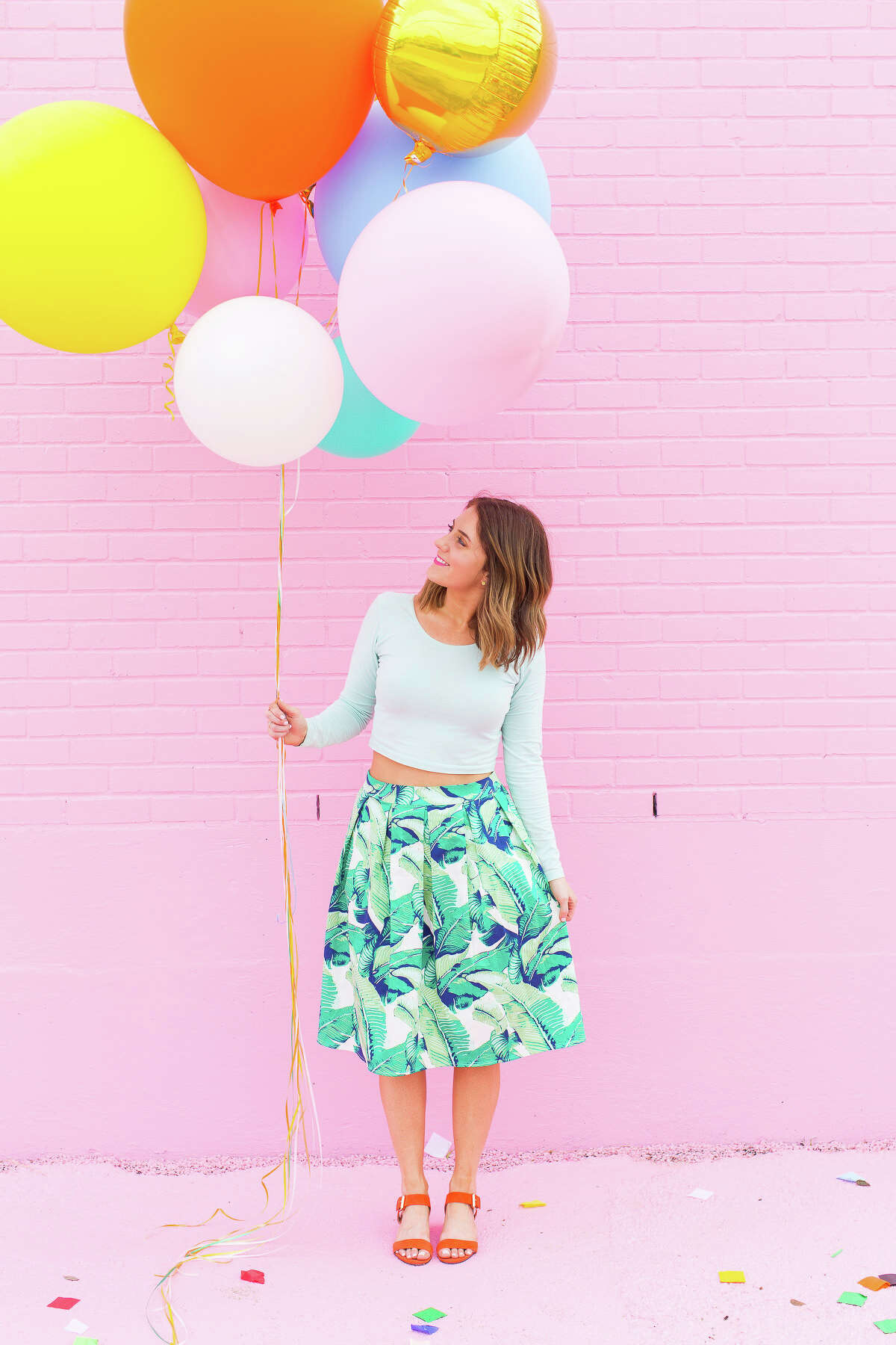Ashley Rose was working as a waitress when she had the idea to start a DIY blog, Sugar & Cloth.