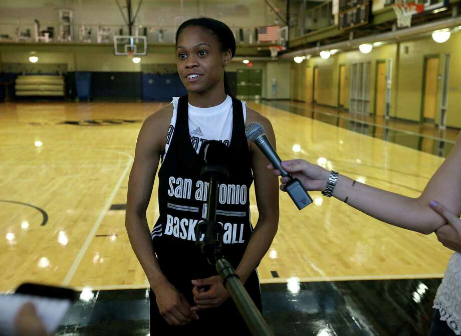 Stars' Moriah Jefferson answers questions from the media after the first on-court day of training camp held on April 25, 2016 at the Antioch Sports Complex. Photo: Edward A. Ornelas /San Antonio Express-News / © 2016 San Antonio Express-News