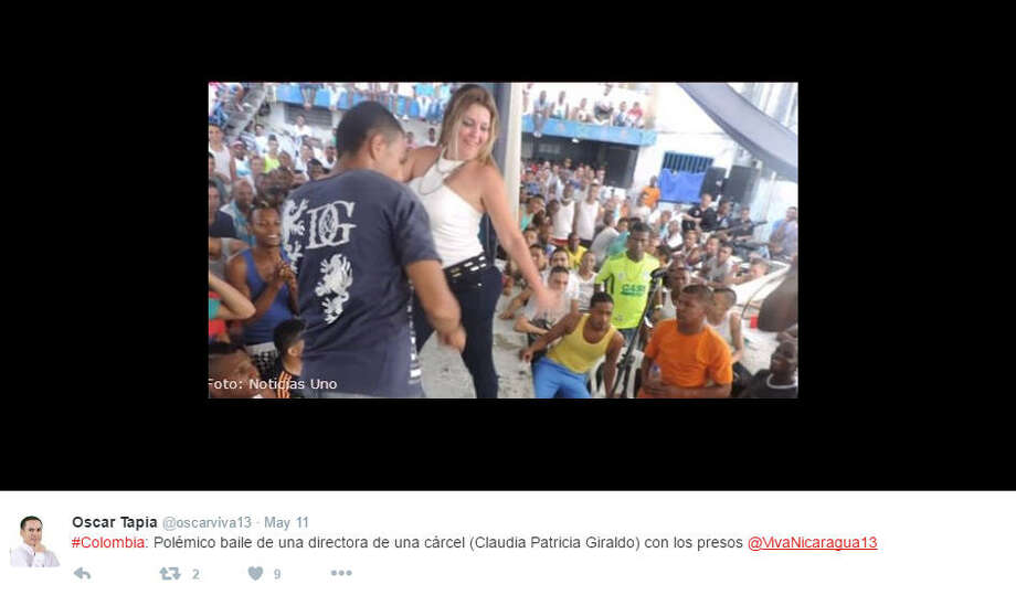 Colombian prison director Claudia Patricia Giraldo Ossa is accused of combining her work with twerking, and now she is facing a disciplinary inquiry.Source: Twitter Photo: Twitter/Oscar Tapia