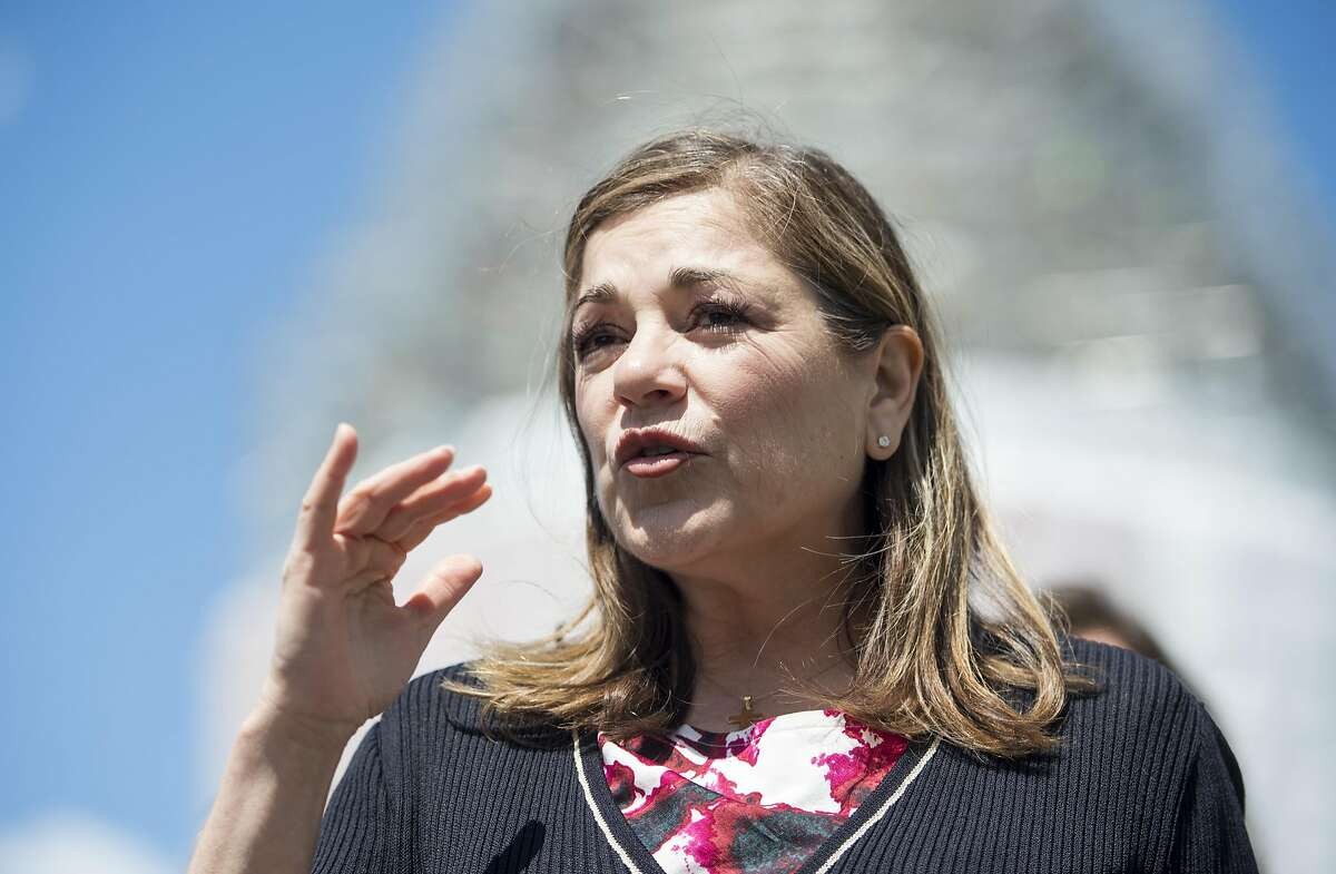 UNITED STATES - APRIL 28: Rep. Loretta Sanchez, D-Calif., participates in the news conference on Food and Drug Administration menu labeling regulations on Tuesday, April 28, 2015. (Photo By Bill Clark/CQ Roll Call)
