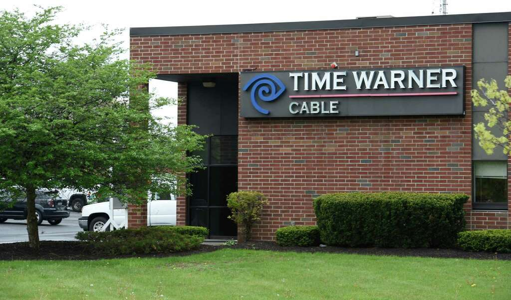 time warner memo 2 Less than a day after at&t completed its $854 billion acquisition of time warner, the telecommunications giant has rechristened the company as warnermedia according to bloomberg, the new name was revealed in an internal memo circulated on friday.
