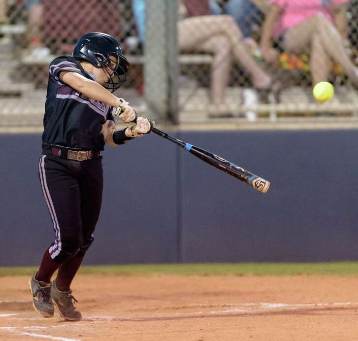 Ashlynn Walls (7) of the Pearland Lady Oilers attempts a hit in the third inning against the Deer Park Lady Deer in the Regional Quarterfinals on Friday, May 13, 2016 at the Dawson High School ballpark.