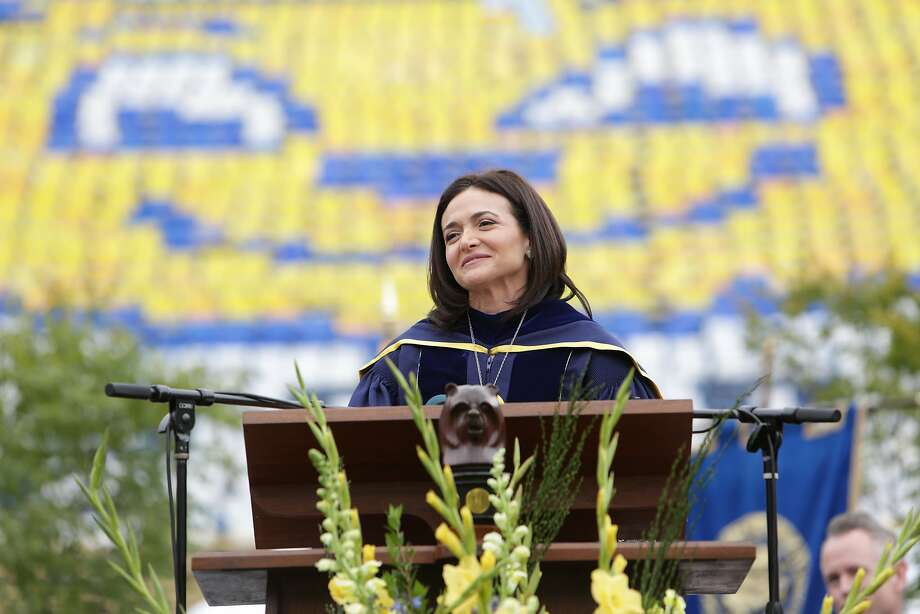 Sheryl Sandberg speaks to UC Berkeley's graduating students on Saturday, May 14, 2016. Photo: Jenniferleahy, Facebook