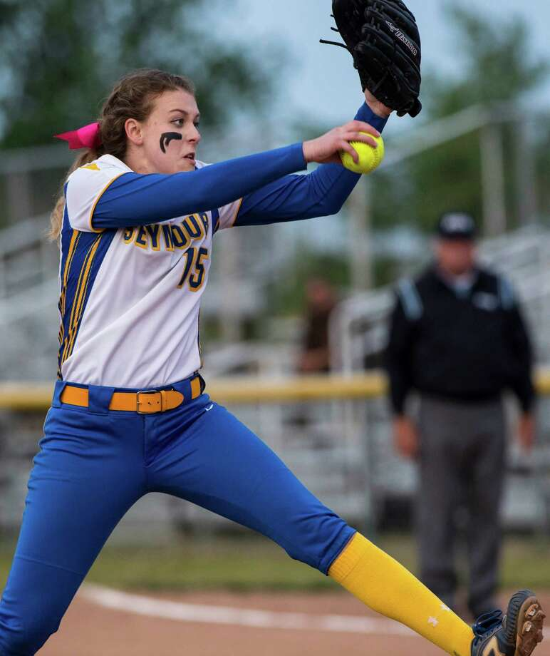 Seymour high school pitcher Raeanne Geffert on the mound during a CIAC class M semifinal softball game against St. Joseph high school played at Deluca Field, Stratford, CT on Monday, June 8th, 2015. Photo: Mark Conrad / Mark Conrad / Connecticut Post Freelance